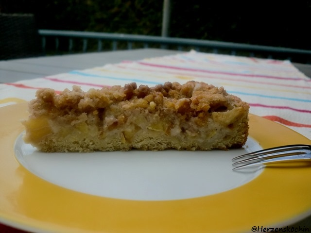 Apfel-Streusel-Vanille-Kuchen