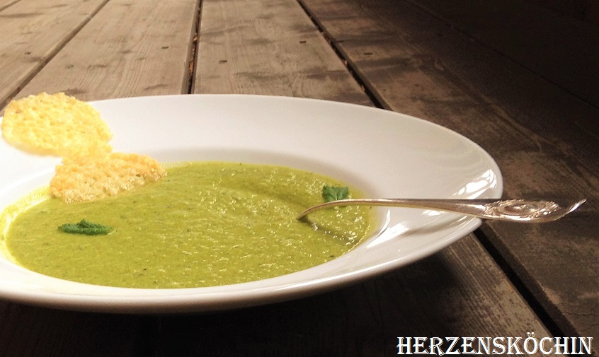 Erbsen-Minz-Suppe