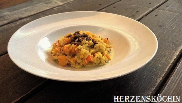 kuerbis-risotto-mit-karamelisierten-kuerbiskernen