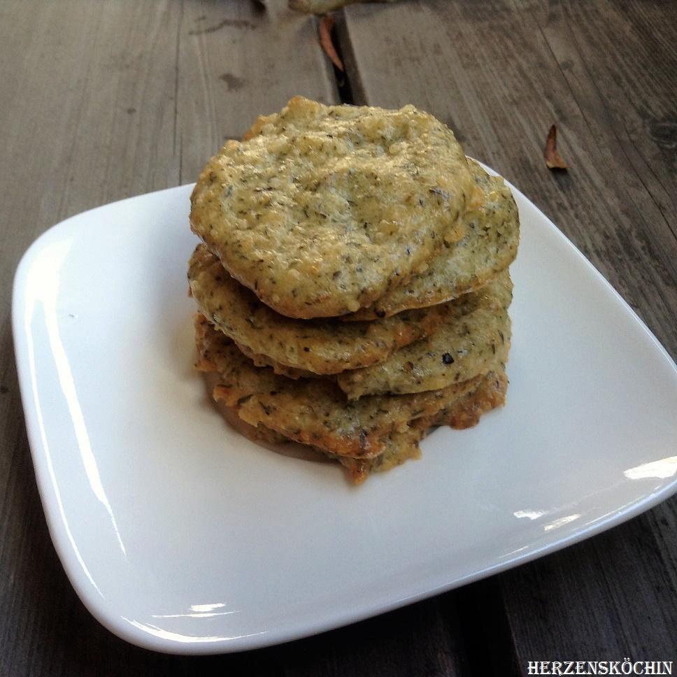 Parmesan-Pinienkern-Kräcker
