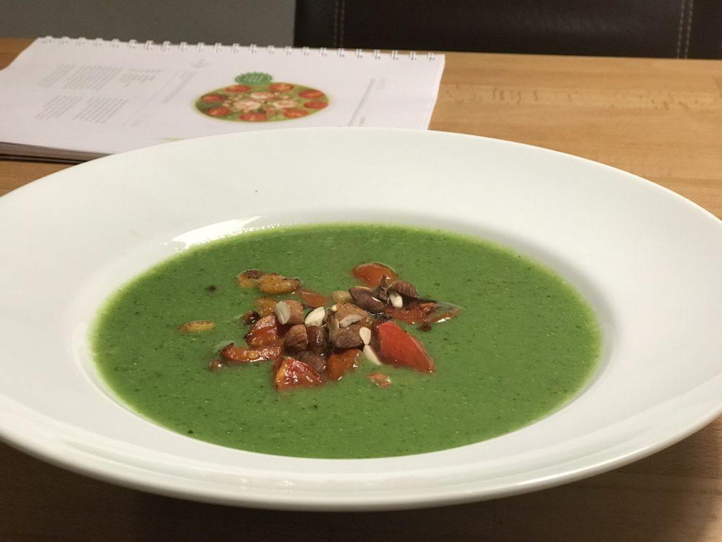 Cremige Brokkolicremesuppe ohne Sahne