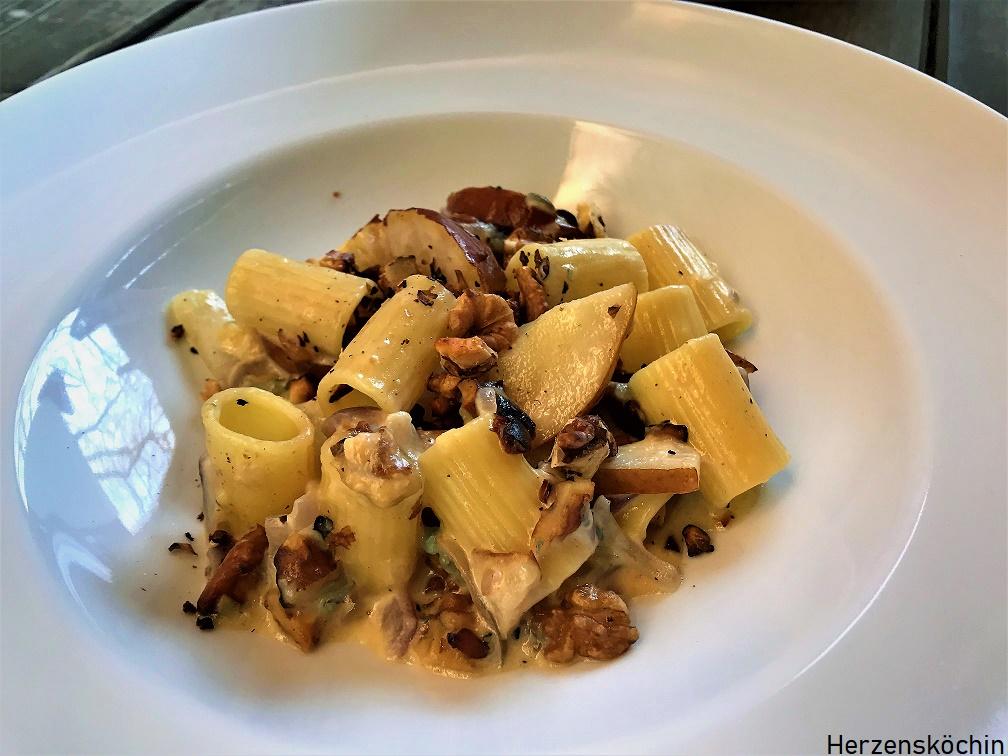 Pasta mit Birnen, Walnüssen und Fourme d'Ambert (2)